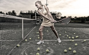 Picture girl, sport, balls, racket, court