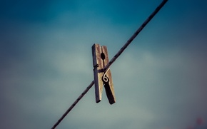 Picture background, clothespin, rope