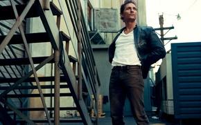 Picture look, street, ladder, actor, male, Matthew McConaughey, Matthew McConaughey