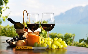 Picture bottle, table, wine, red, the vineyards, cheese, bread, glasses, basket, grapes