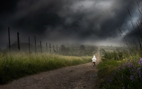Picture road, clouds, loneliness, child