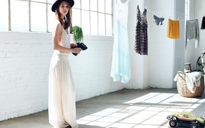 Picture room, linen, hat, machine, photoshoot, It, Anais Pouliot