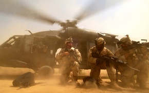 Picture and, helicopter, Blackhawk, US troops