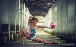 Picture girl, pose, the ball