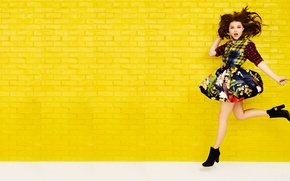 Picture actress, girl, Chloe Grace Moretz, Seventeen
