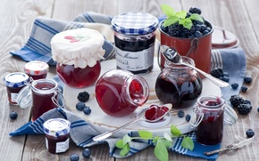 Picture berries, blueberries, jars, dishes, banks, BlackBerry, jam, jam, spoon, Anna Verdina