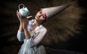 Picture girl, kettle, Untold Dream