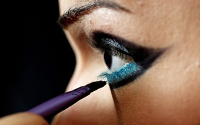Picture woman, man, eye, brush, guess, eye of a woman, eye of a man, what do …