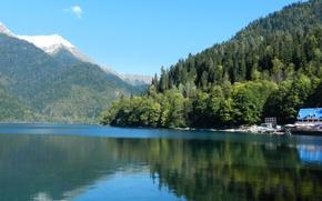 Picture lake, Abkhazia, Riza