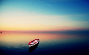 Picture sky, lake, boat