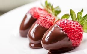 Picture background, widescreen, Wallpaper, food, chocolate, strawberry, berry, wallpaper, widescreen, background, full screen, HD wallpapers, widescreen, …