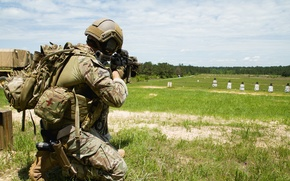 Picture weapons, soldiers, United States Special Forces