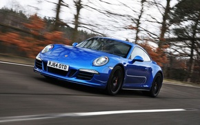 Picture road, auto, lights, speed, 911, Porsche, Coupe, the front, Carrera 4 GTS