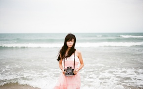 Picture waves, girl, beach, camera