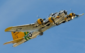 """Picture bomber, B-17, four-engine, heavy, Flying Fortress, The """"flying fortress"""""""