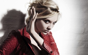 Picture look, light, red, wall, model, portrait, shadow, makeup, actress, hairstyle, blonde, jacket, gesture, Natalie Dormer, …