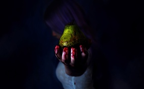 Picture hand, fingers, blood, girl, pear