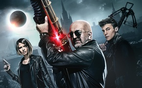 Wallpaper weapons, guns, fantasy, glasses, machine gun, action, poster, three, crossbow, Night guard, Leonid Yarmolnik, Ivan ...