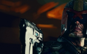 Picture gun, helmet, Dredd, Judge Dredd, judge Dredd