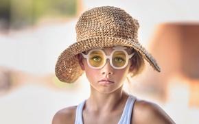 Picture glasses, girl, hat, Charleston, Julia Altork