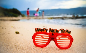 Picture sand, beach, creative, people, holiday, the inscription, shore, new year, Christmas, glasses, year, pond, new, …