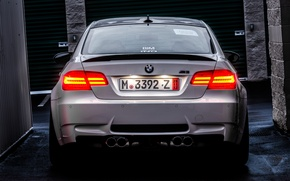 Picture white, light, street, bmw, BMW, white, wet asphalt, back, e92, tail lights