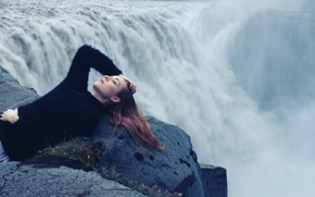 Picture girl, waterfall, sleeping lessons