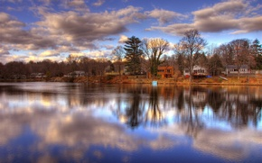 Picture clouds, river, shore, home