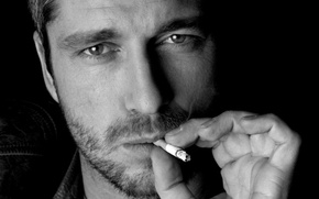 Picture face, cigarette, male, actor, bristles, Black and white, Gerard Butler