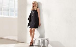 Picture feet, model, necklace, dress, contrast, blonde, curls, cute, slim, Eva Padberg, Eva Padberg