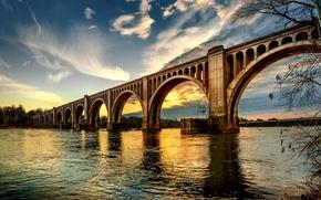 Picture the sky, bridge, the city, river, Stubborn Love