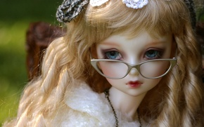 Picture toy, doll, glasses, curls