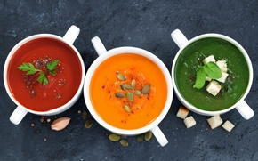 Picture soup, pumpkin, seeds, tomato, spinach