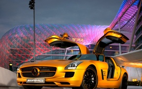 """Picture Mercedes-Benz, gold, AMG, SLS, the doors """"gull wings"""""""
