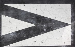 Picture wall, white, black, arrow