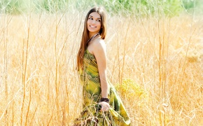 Picture field, eyes, look, leaves, girl, decoration, nature, smile, background, situation, plant, makeup, dress, widescreen, full …