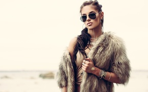 Picture look, face, style, model, hair, makeup, glasses, beauty, fur, decoration