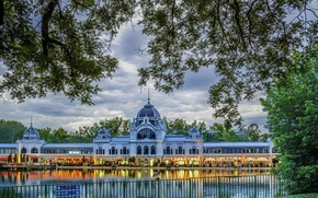 Picture Budapest, Park, trees, lights, the evening, water, Hungary, Palace, the sky, the dome, clouds, Budapest