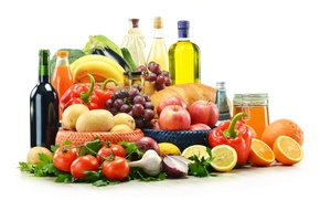 Picture greens, wine, apples, oil, bow, juice, bread, grapes, eggplant, bananas, pepper, fruit, honey, vegetables, tomatoes, …