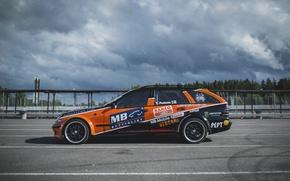 Picture drift, mercedes-benz, orange, wagon, W123