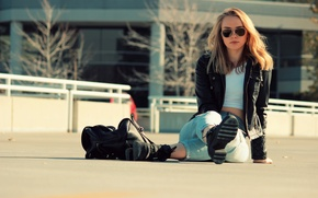 Picture girl, face, jeans, glasses, jacket, bag, sitting