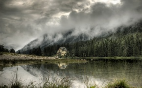 Picture forest, mountains, house, cloud