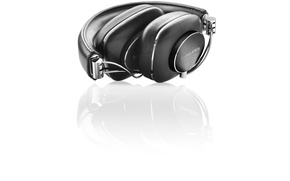 Picture black, headphone, Bowers&Wilkins