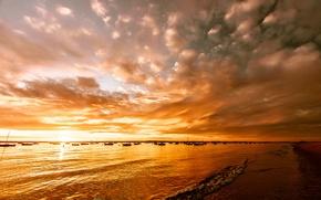 Picture beach, sunset, lake, boats, glow