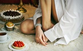 Picture girl, tea, chocolate, strawberry, sweets, cake, fur, shirt, fruit, cream, cake
