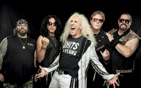 Picture Twisted Sister, Daniel Snider, A. J. Feather, Jay Jay French, Mark Mendoza, Eddie Ojeda, Dee …