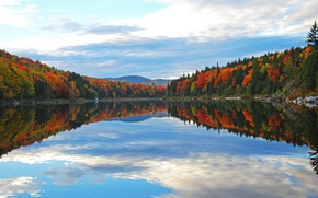 Picture autumn, forest, the sky, clouds, trees, mountains, lake