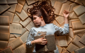 Picture girl, books, Dreams, sleep