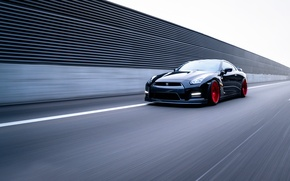 Picture speed, Nissan, GT-R