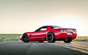 Picture car, red, chevrolet corvette, lunchbox photoworks